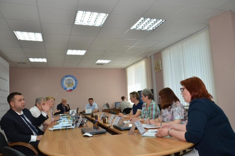 Заседание Общественного совета: от реализации кассовой реформы до вопросов погашения задолженности